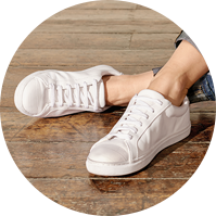 women__relaxed-slim--shoes.png