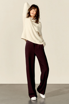 /landings/pants/img/women-trousers/Layer_83.jpg
